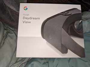 Google daydream VR version 2 for Sale in Pemberton, NJ