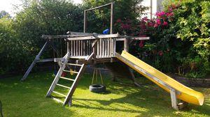 Kids swing set for Sale in Bell Gardens, CA