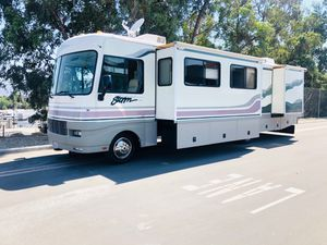 1999 FleetWood Southwind Storm 34T 2 Slides for Sale in Corona, CA