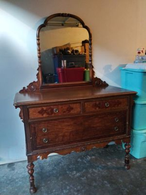 DRESSER ( BERKEY & GAY FURNITURE ) PRICE REDUCE TO $100 & THIS PRICE IS FIRM.. for Sale in Bothell, WA