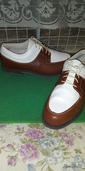 Golf shoes ,Foot joy size 7 for Sale in Gresham, OR