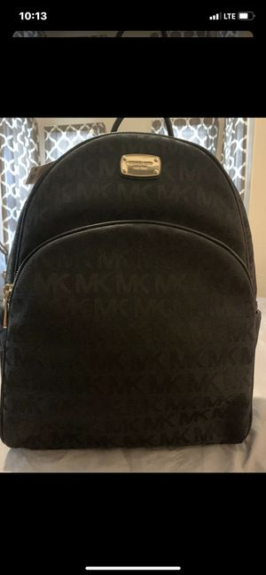 MICHAEL KORS BACKPACK for Sale in Lowell, MA