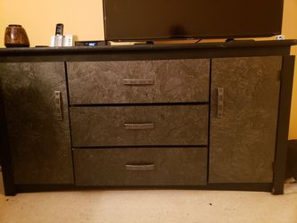 Dressers for Sale in Woodbridge,  VA