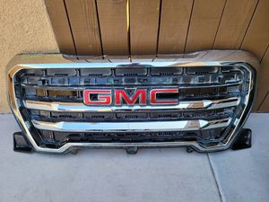 GMC sierra 2019 2020 grille for Sale in Lawndale, CA