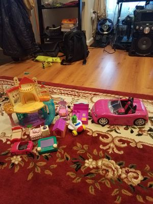 Lot of toy cars, beds, castle, & more. for Sale in Centreville, VA