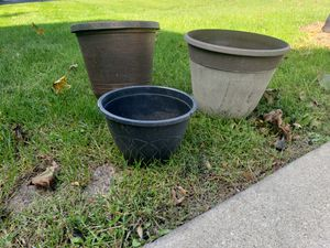3 planters for Sale in Aurora, IL