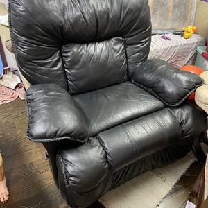 Recliner for Sale in Oregon City, OR