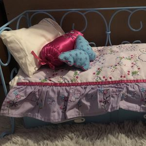 American Girl Doll Double Bed for Sale in Simi Valley, CA