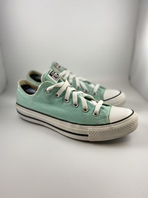 Converse Low Top Sneakers for Sale in Frisco, TX
