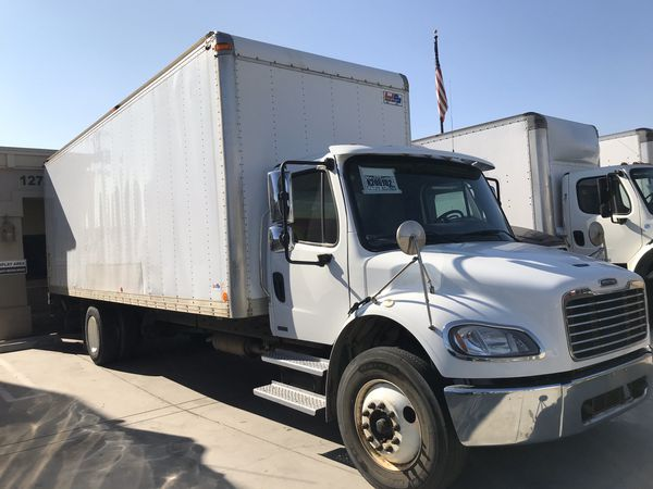 2014 FREIGHTLINER TRUCK WITH 26 FEET BOX UNBELIEVABLE PRICE