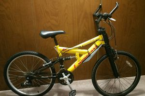 Adult small mountain bike 21 speed full suspension 24in wheel for Sale in Gig Harbor, WA