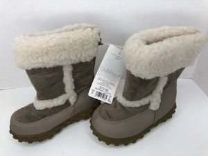 Target Girls Winter Boots Brand New w/tag Size 8 for Sale in Newark, CA
