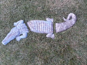Alligator and turtle garden decor for Sale in Westminster,  MD