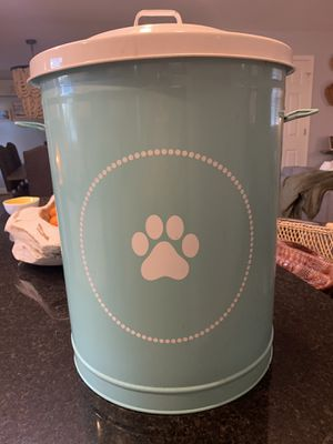 Dog food container for Sale in Boiling Springs, SC