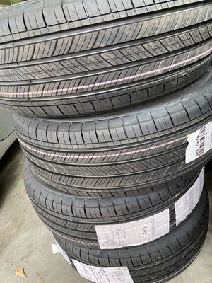 New premier 75,000 miles Michelin Tires $500 for Sale in Boiling Springs, SC