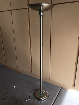 Beautiful floor lamp w halogen bulb. RARE. Silver w glass and gold accent for Sale in Las Vegas, NV