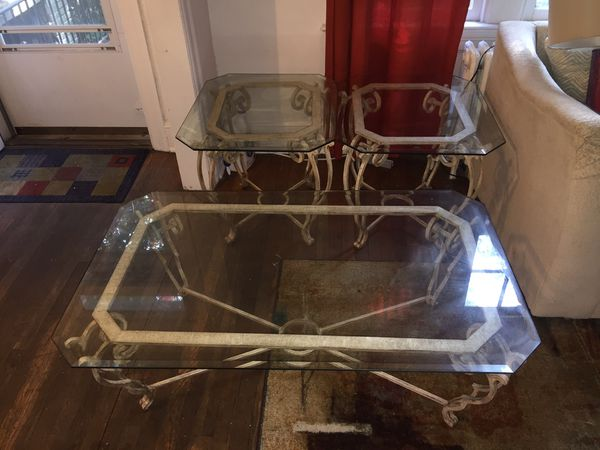 QUALITY TABLE SET WROUGHT IRON AND GLASS