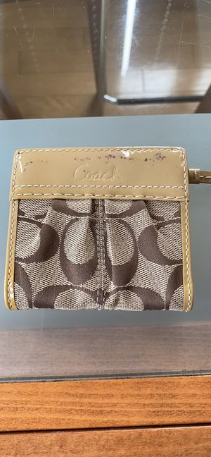 Coach Small Wallet for Sale in Brooklyn, NY