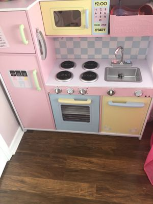 Kids craft Pastel Wooden Toy Kitchen for Sale in Lexington, SC