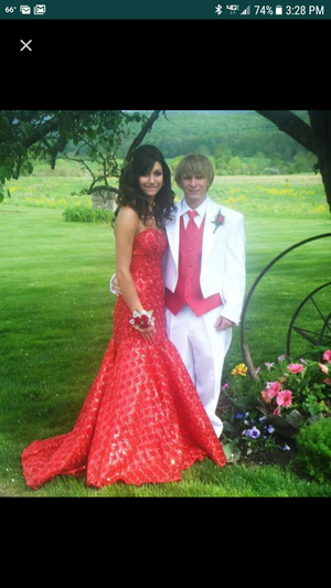 Prom dress for Sale in Jersey Shore, PA
