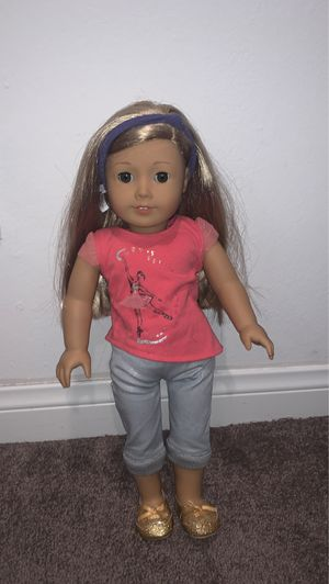 American Girl Doll Isabelle GOTY for Sale in Agoura Hills, CA