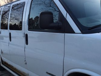 3500 Chevy Express Van 2003 for Sale in Orion charter Township,  MI