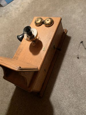 Antique Western Electric Wall phone for Sale in Hampshire, IL