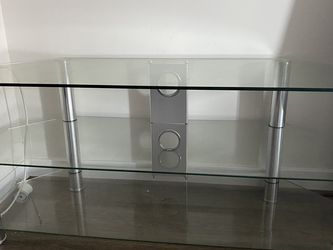 Tv Stand Table for Sale in Arlington,  VA