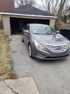 Low Mileage Excellent Hyundai Sonata for Sale in Chicago, IL