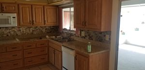 In good shape kitchen and appliances for Sale in Glendale, AZ