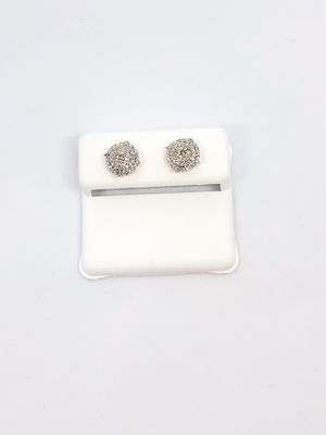 10Kt Gold Diamond ear rings on sale for Sale in Indianapolis, IN
