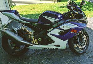 SUZUKI GSXR 1000 clean like a new bike!!🏍 fast and fun for Sale in Minneapolis, MN