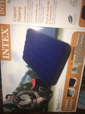 Air mattress (Twin Sized) for Sale in Naperville, IL
