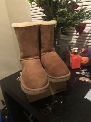 Uggs for Sale in Hawthorne, CA