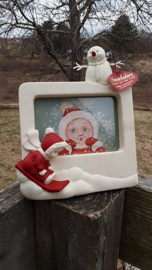 Snowbabies Picture Frame for Sale in Hillsville, VA