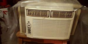 Fridginare window air conditioner for Sale in Bakersfield, CA
