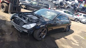 Mercedes cls for part out 2006 for Sale in Opa-locka, FL