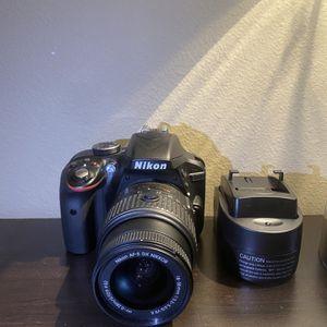 Nikon D3300 for Sale in Lutz, FL