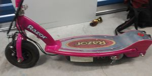 Razor electric scooter perfect working order model number 150 for Sale in Orlando, FL