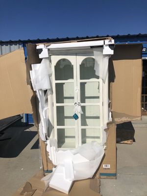 Brand new antique white display cabinet hutch with bottom drawers. Retails for over $1100 for Sale in Fowler, CA