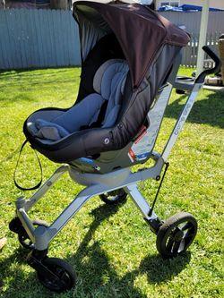 Orbit Baby Toddler Car Seat Con Stroller Frame for Sale in Santa Ana,  CA