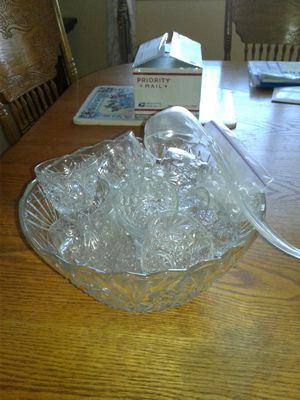 Punch bowl set with ladel for Sale in Puyallup, WA