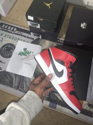 Air Jordan 1 Mid Chicago Black Toe sz 9 Brand New for Sale in North Potomac, MD