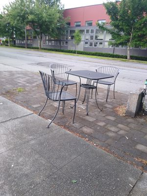Steel patio furniture 4 chairs and a table no umbrella for Sale in Renton, WA