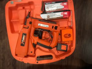 Paslode 18 GA. Finish nail gun for Sale in Triangle, VA