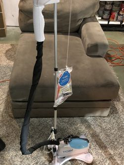 TOBI STEAM CLEANER LIKE NEW for Sale in Grayslake,  IL