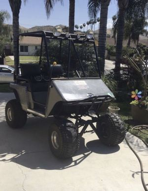 EZGO RXV LIFTED CUSTOM GOLF CART for Sale in Riverside, CA