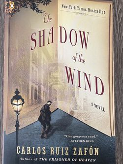 The Shadow of the Wind by Carlos Ruiz Zafón (paper cover) for Sale in Houston,  TX