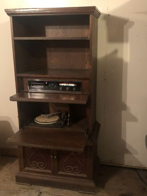 Vintage Montgomery Ward Model #62-2623E Airline Radio, 8 Track Player & Record Player Music Cabinet for Sale in Oak Lawn, IL