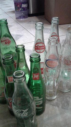 7 up, coca cola, Dr pepper vintage bottles for Sale in Long Beach, CA